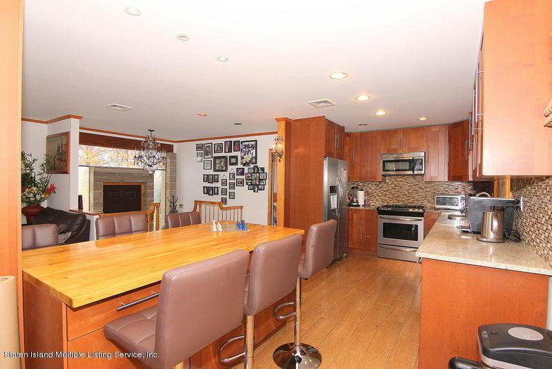Single Family - Detached 44 Douglas Road  Staten Island, NY 10304, MLS-1124204-11