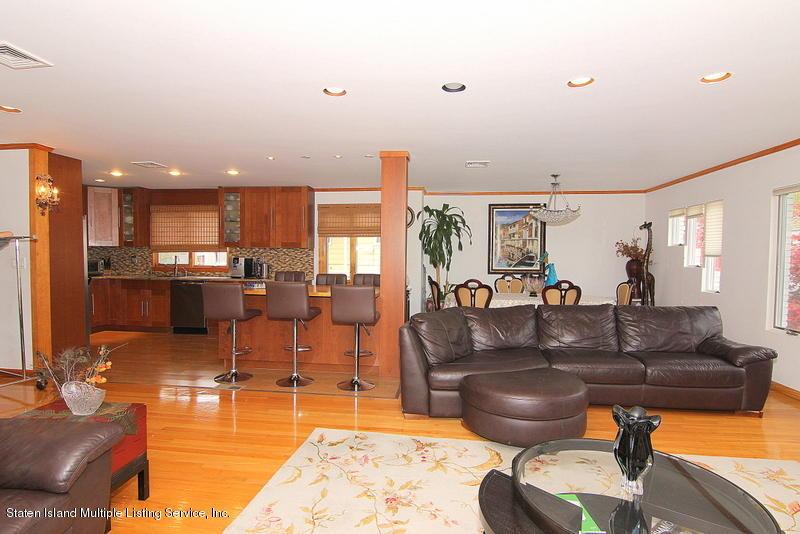 Single Family - Detached 44 Douglas Road  Staten Island, NY 10304, MLS-1124204-19