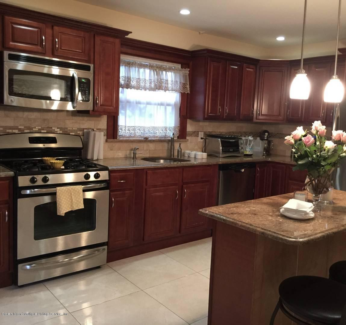 Single Family - Semi-Attached 204 Stobe Avenue  Staten Island, NY 10306, MLS-1124301-2