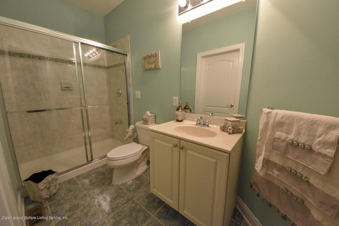 6 Genek Court,Howell,New Jersey,07731,United States,5 Bedrooms Bedrooms,10 Rooms Rooms,5 BathroomsBathrooms,Residential,Genek,1124520