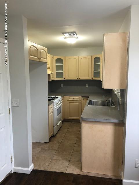 229 Livingston Avenue,Staten Island,New York,10314,United States,6 Bedrooms Bedrooms,5 Rooms Rooms,3 BathroomsBathrooms,Residential,Livingston,1124582