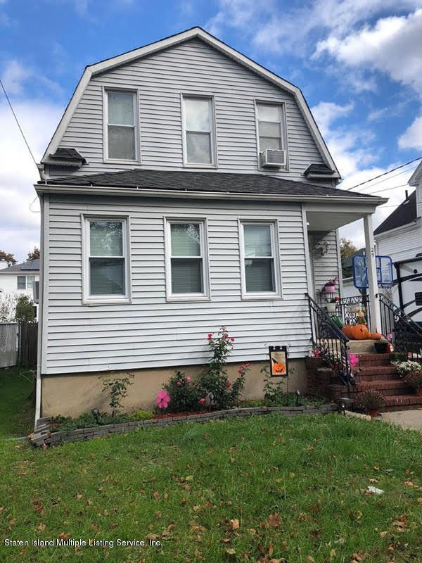 Two Family - Detached in Oakwood - New Dorp Heights - 29 Dalton Avenue  Staten Island, NY 10306