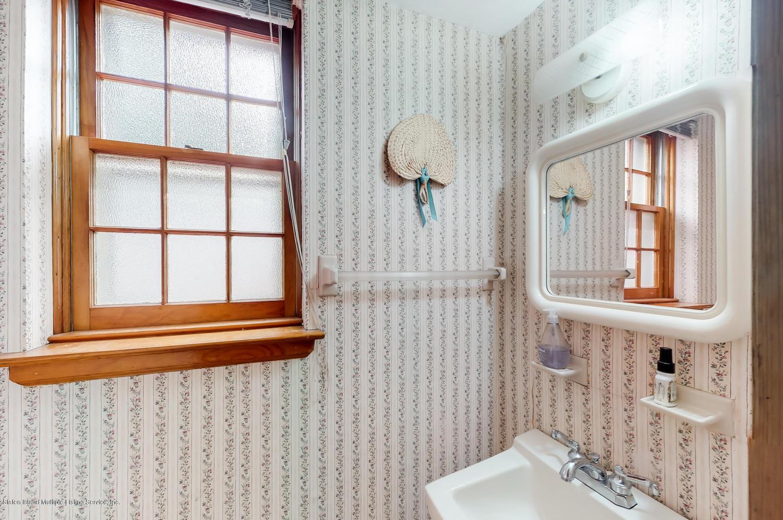 Single Family - Semi-Attached 46 Rhett Avenue  Staten Island, NY 10308, MLS-1124617-11