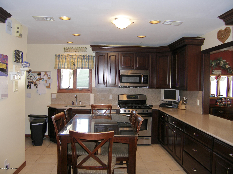 12 Lloyd Court,Staten Island,New York,10310,United States,4 Bedrooms Bedrooms,7 Rooms Rooms,3 BathroomsBathrooms,Residential,Lloyd,1124640