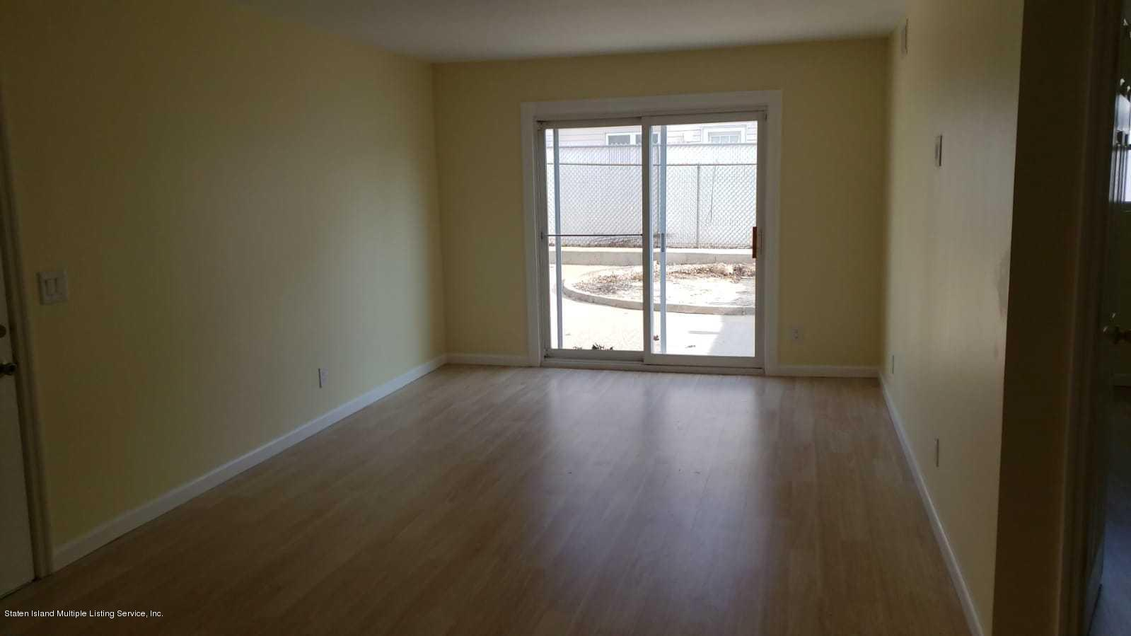 Single Family - Semi-Attached 505 Foster Road  Staten Island, NY 10309, MLS-1124398-15