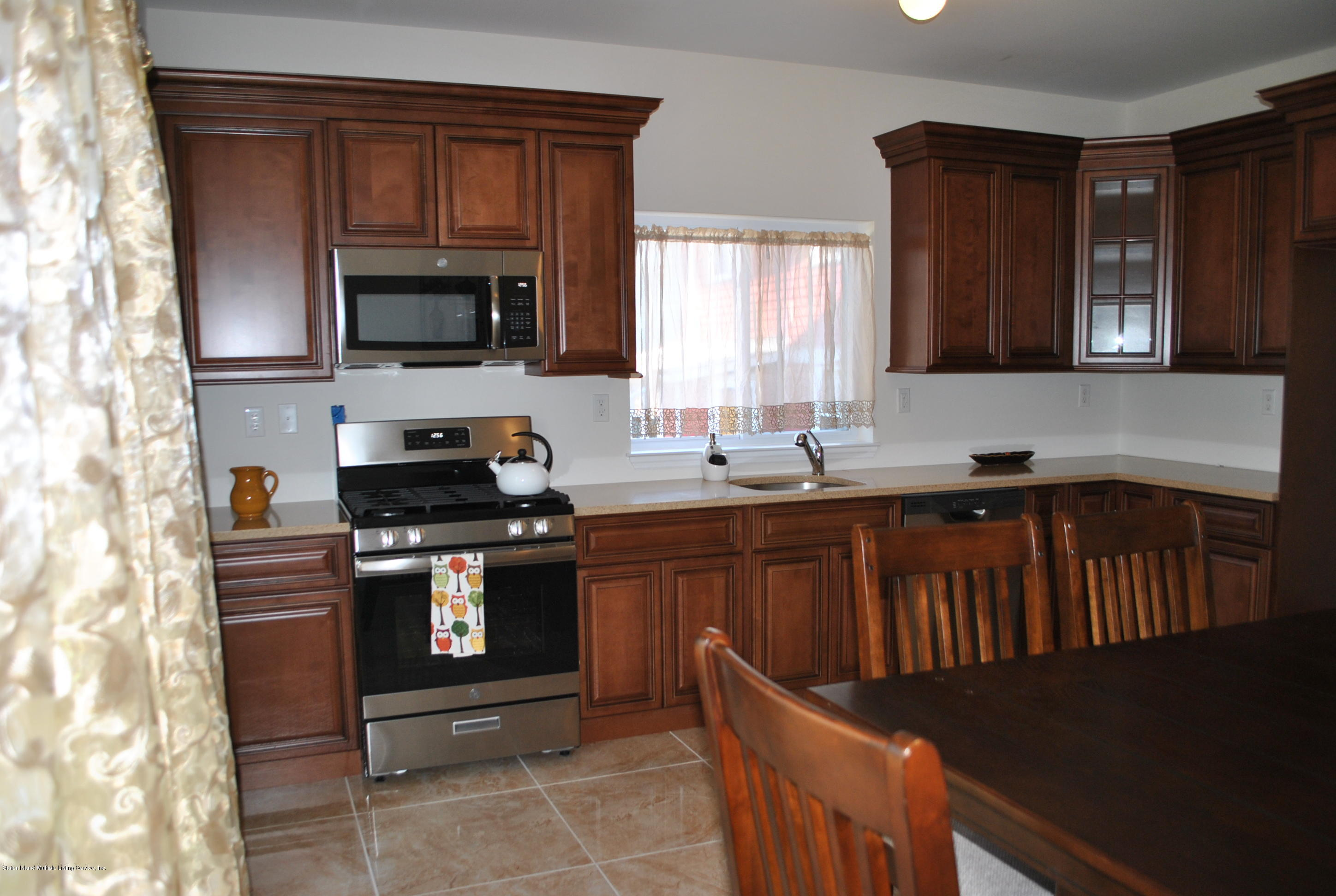 Single Family - Attached 32 Eunice Place   Staten Island, NY 10303, MLS-1121188-8