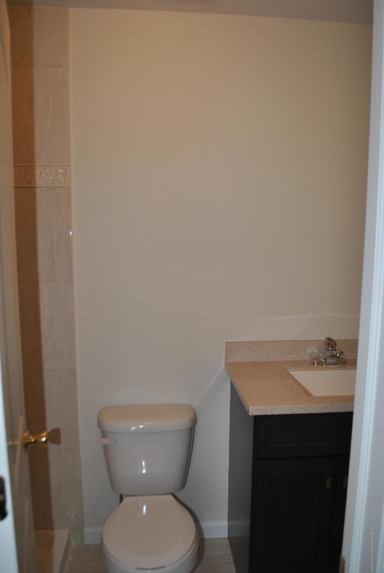 Single Family - Attached 32 Eunice Place   Staten Island, NY 10303, MLS-1121188-16
