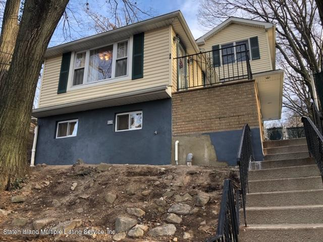 Single Family - Detached in Sunnyside - 26 Glenwood Avenue  Staten Island, NY 10301