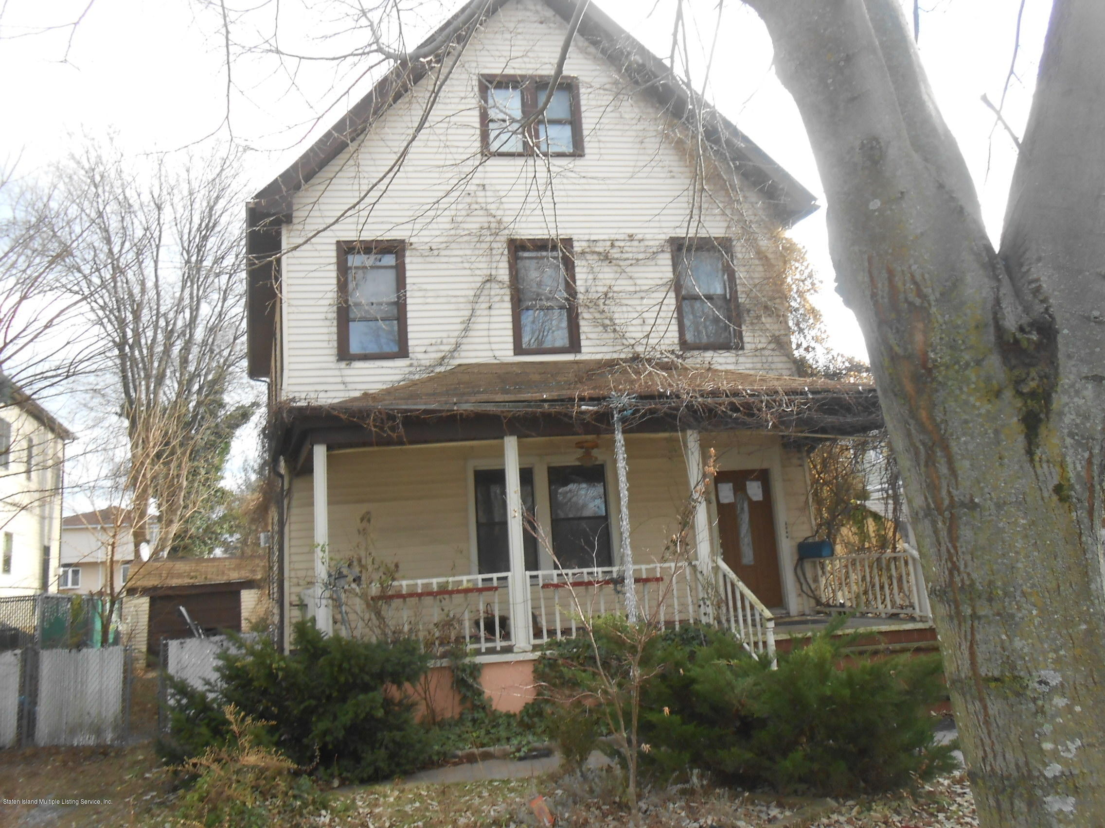 Two Family - Detached in Dongan Hills-Above Hylan - 8 Hancock Street  Staten Island, NY 10305