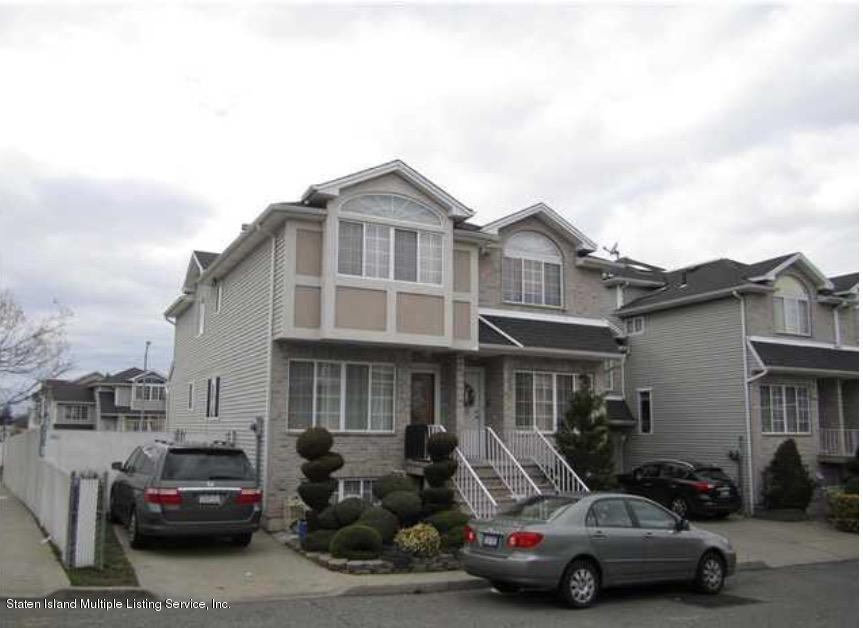 Single Family - Semi-Attached in New Springville - 14 Latourette Lane  Staten Island, NY 10314