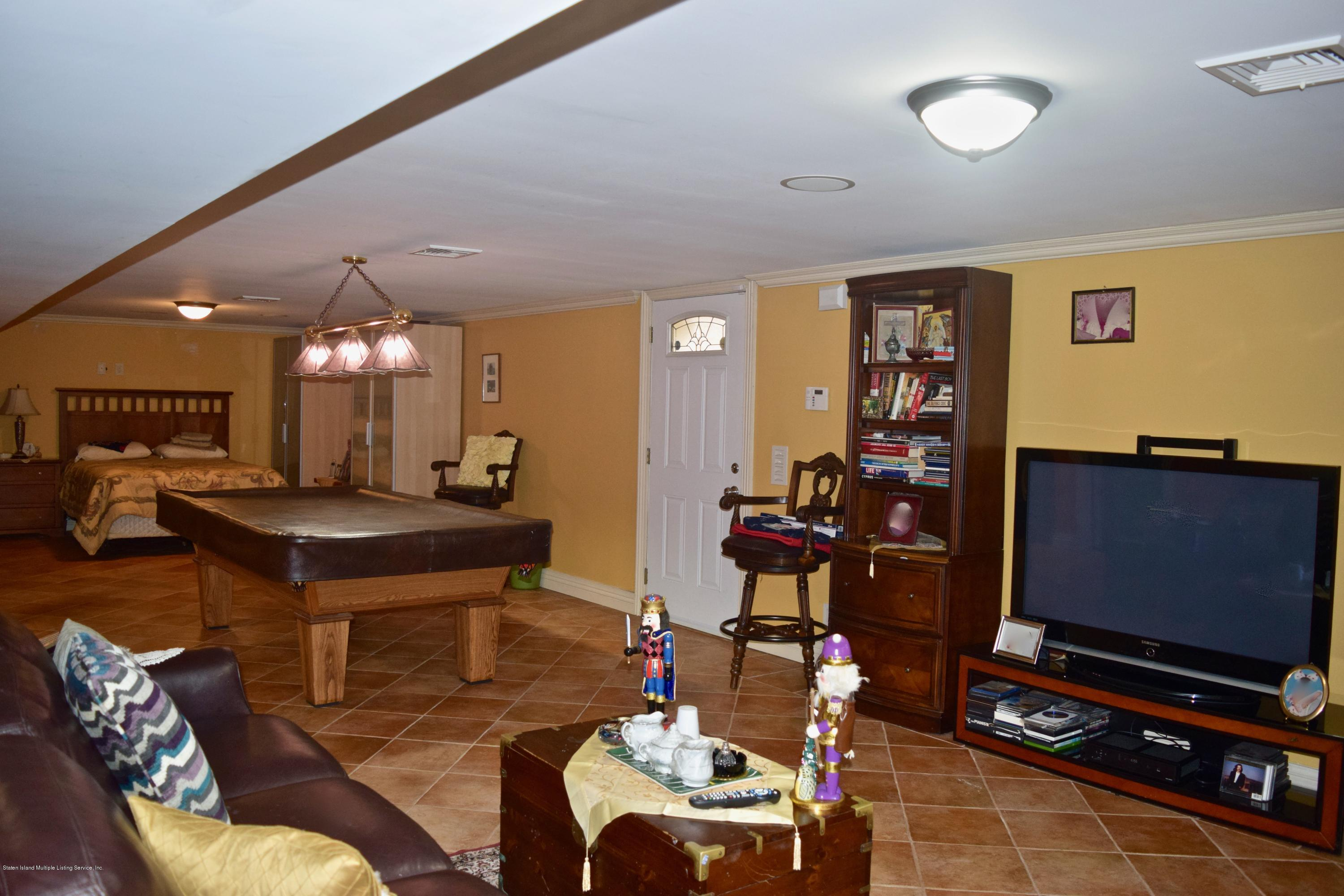 Single Family - Detached 107 Northern Boulevard  Staten Island, NY 10301, MLS-1124986-19