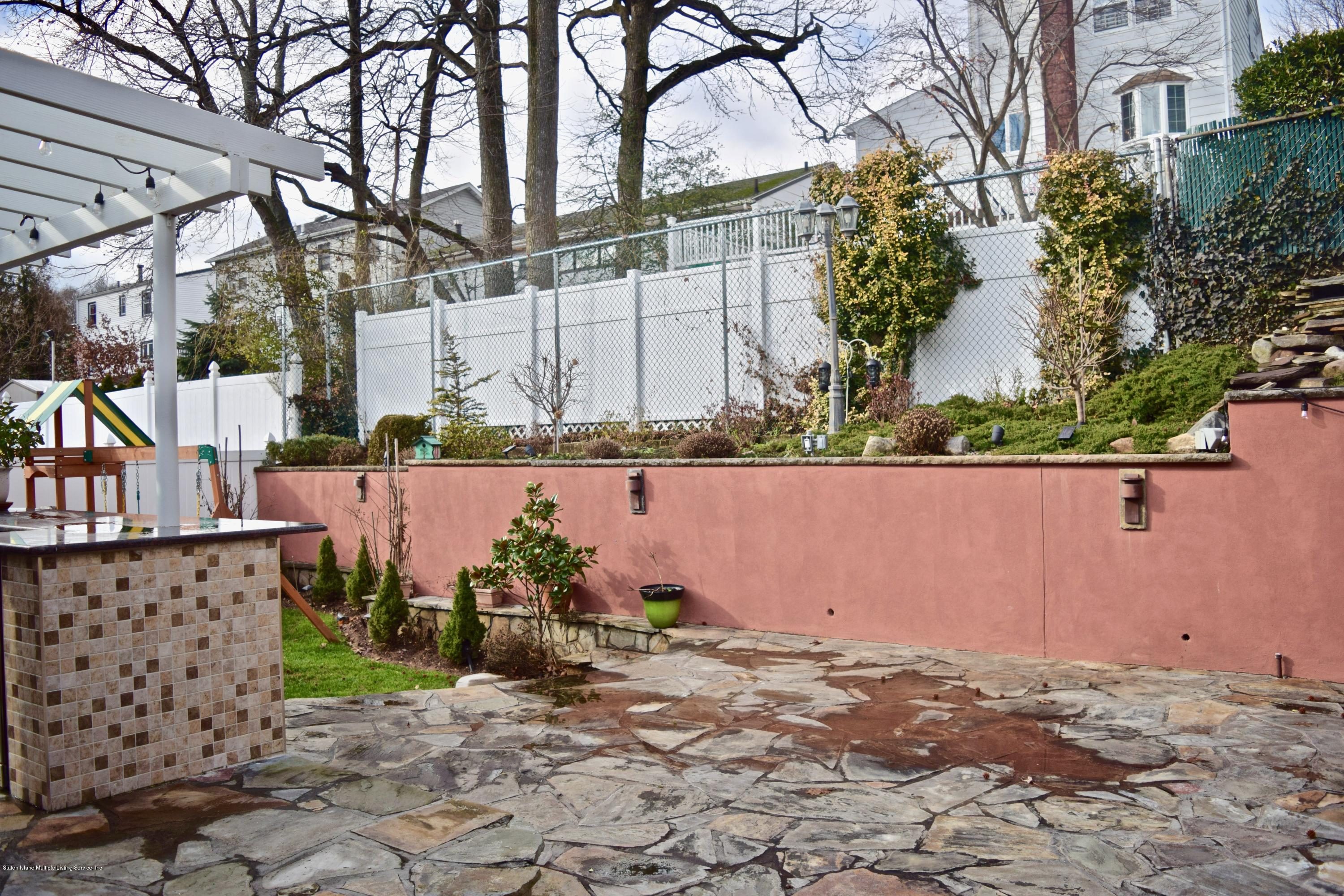 Single Family - Detached 107 Northern Boulevard  Staten Island, NY 10301, MLS-1124986-26