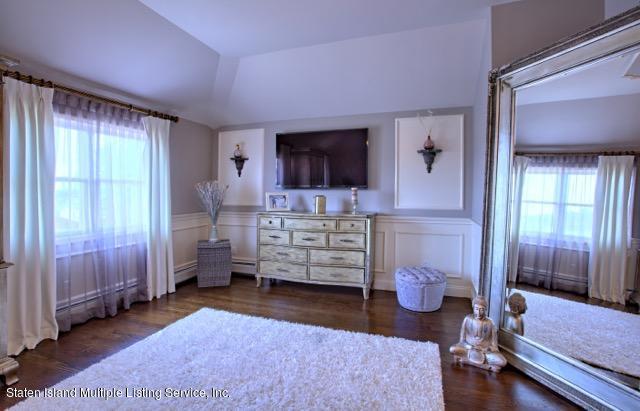 Two Family - Detached 390 Alverson Avenue  Staten Island, NY 10309, MLS-1125055-18