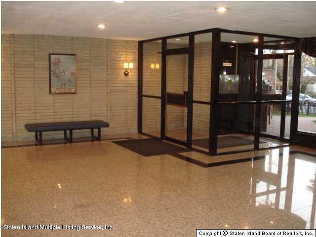 Condo 145 Lincoln Avenue 2 X  Staten Island, NY 10306, MLS-1125148-4