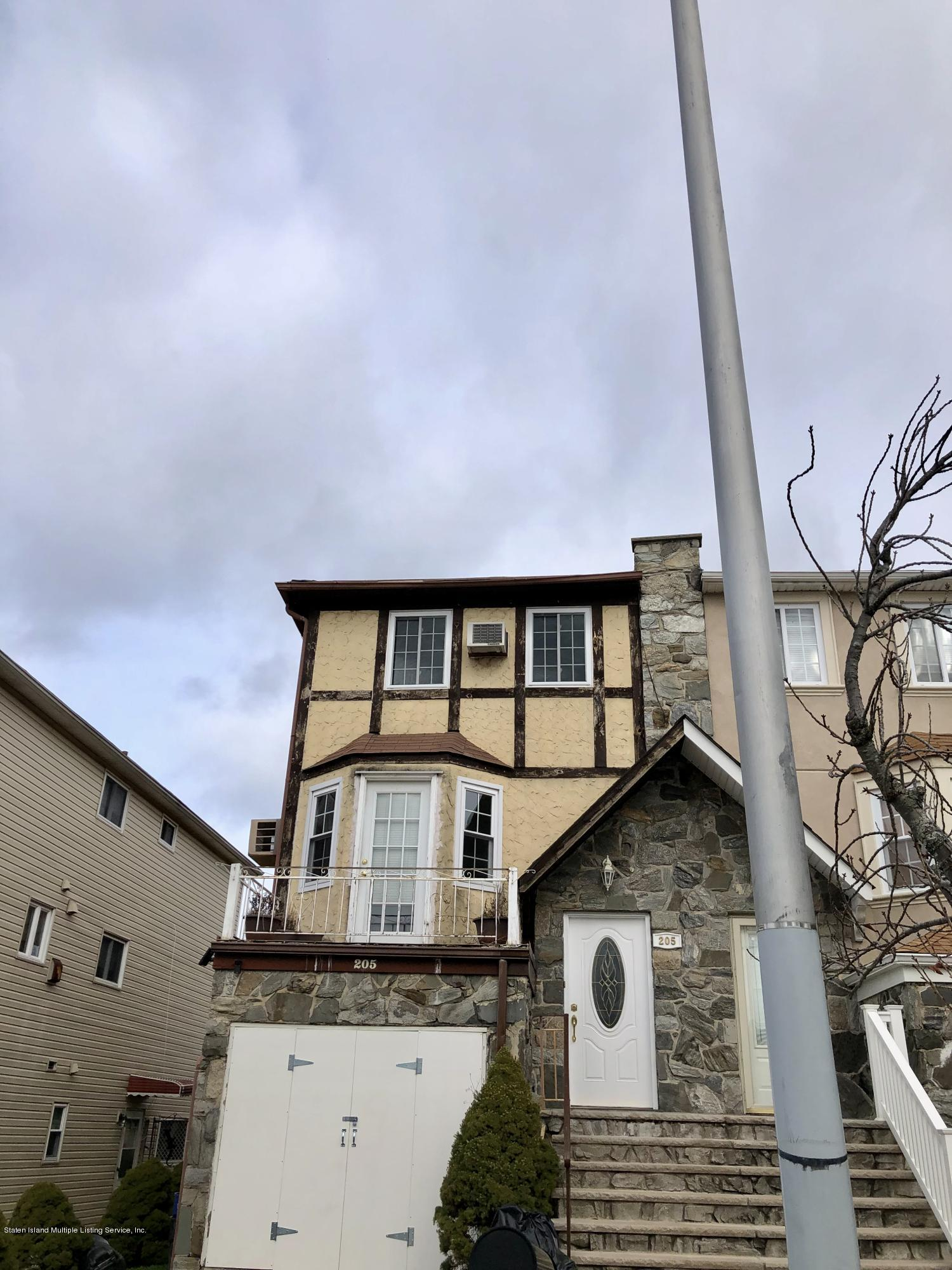 Single Family - Semi-Attached 205 Mcveigh Avenue  Staten Island, NY 10314, MLS-1123847-2