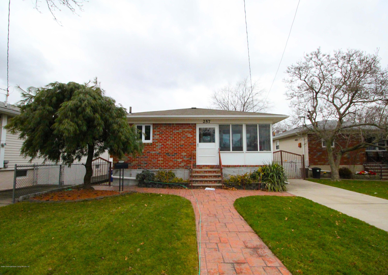 Single Family - Detached in Dongan Hills- Below Hylan - 257 Hurlbert Street  Staten Island, NY 10305