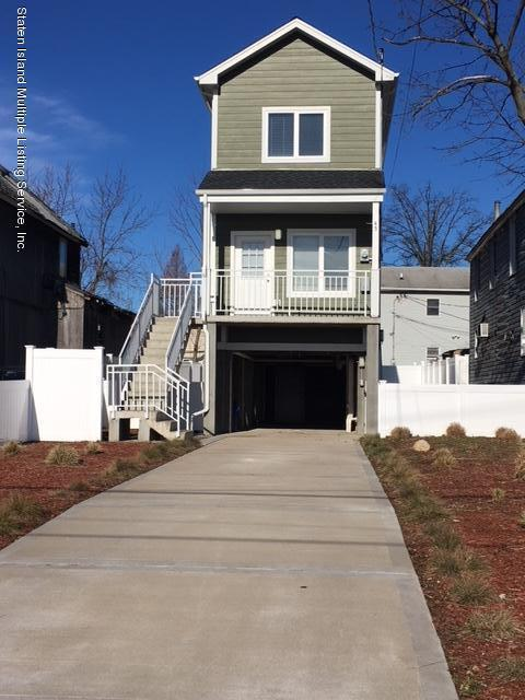 Single Family - Detached in Princes Bay - 45 Purdy Place  Staten Island, NY 10309