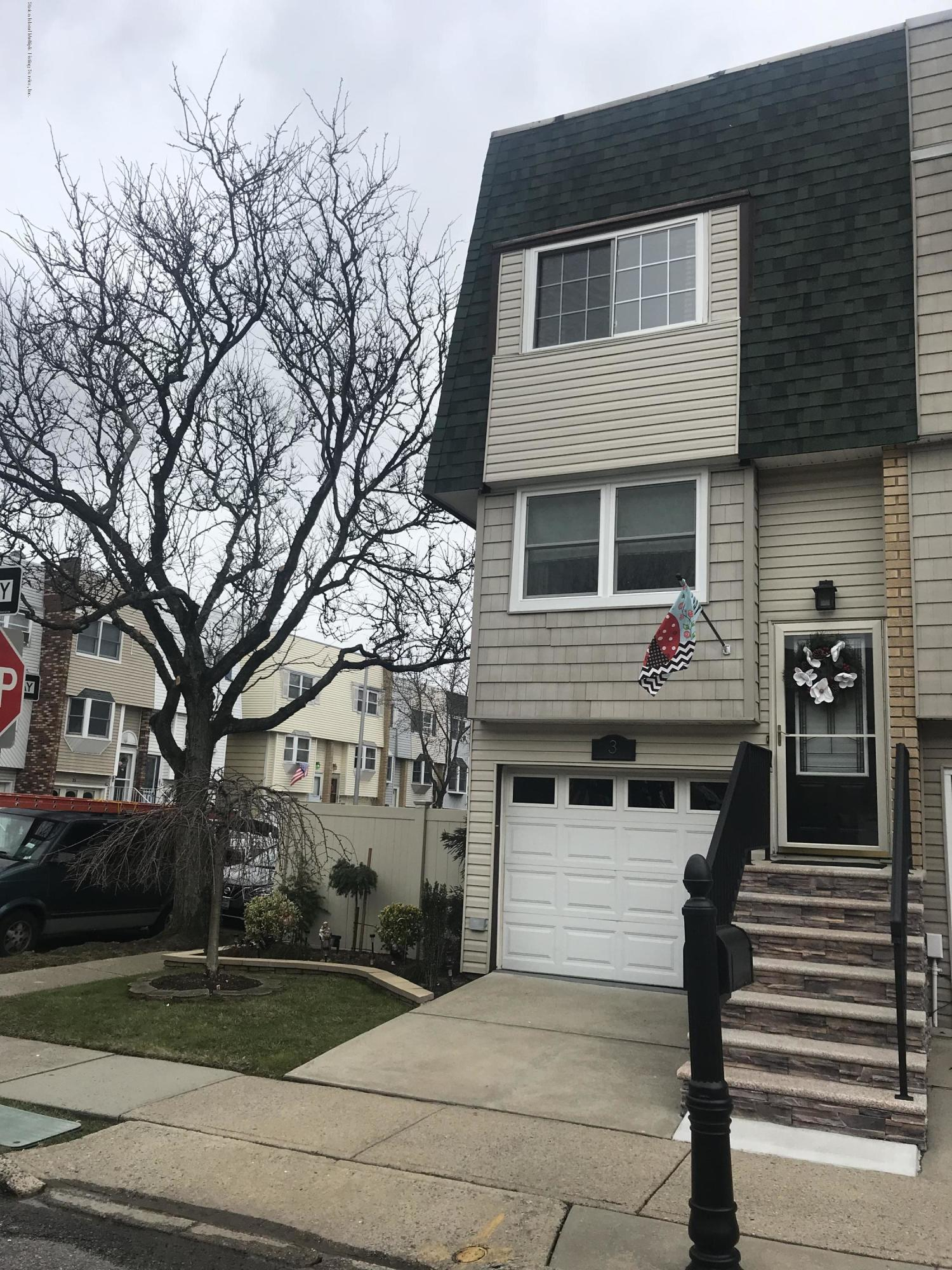 Single Family - Semi-Attached 3 Yucca Drive  Staten Island, NY 10312, MLS-1125406-2