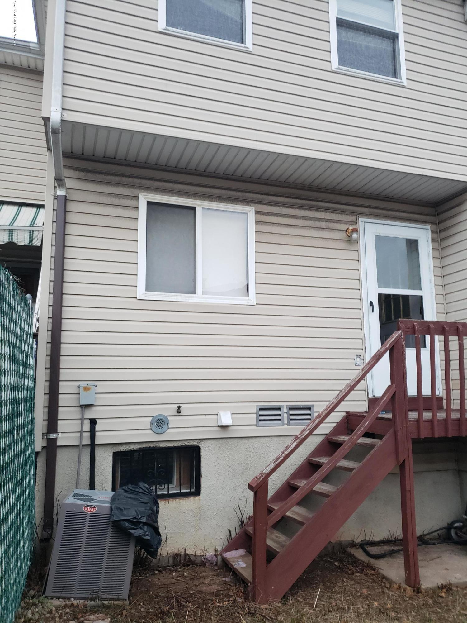 Single Family - Attached 42 Leewood Loop  Staten Island, NY 10304, MLS-1125781-25
