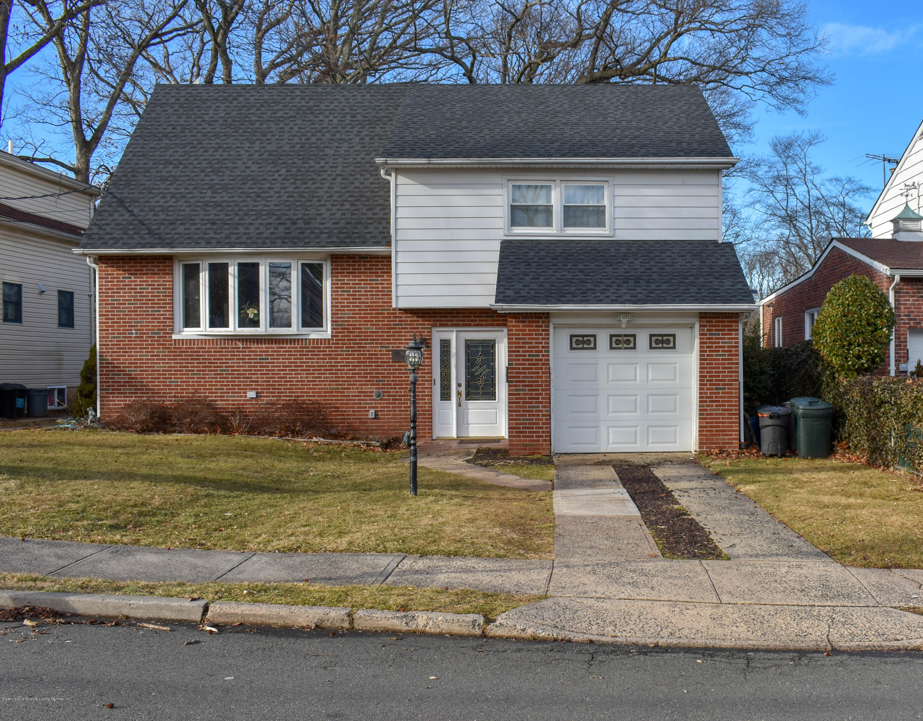 Single Family - Detached in Princes Bay - 71 Excelsior Avenue  Staten Island, NY 10309