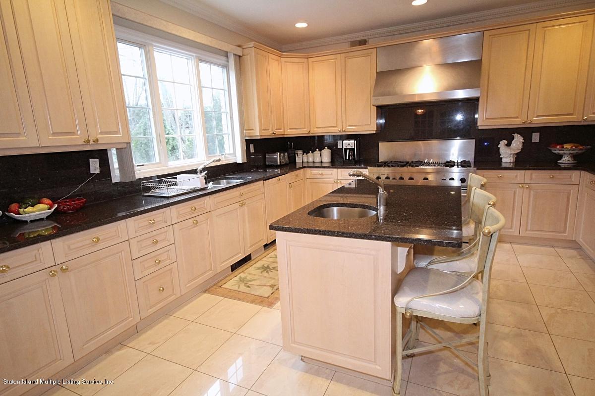 Single Family - Detached 35 Arbor Court  Staten Island, NY 10301, MLS-1126173-18