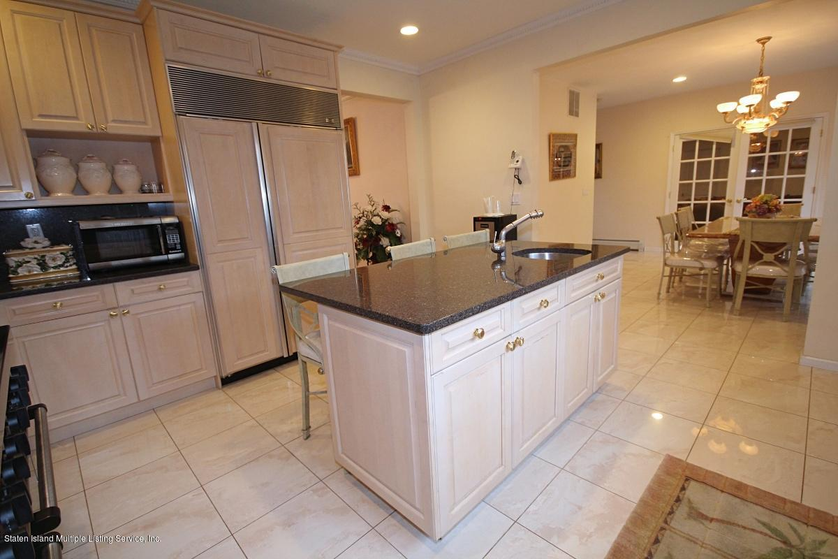 Single Family - Detached 35 Arbor Court  Staten Island, NY 10301, MLS-1126173-17
