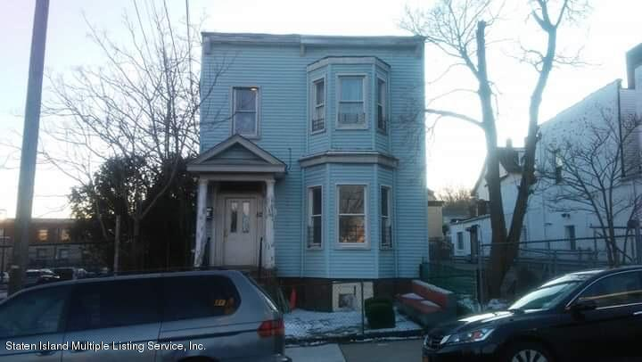 52 Beach Street,Staten Island,New York,10304,United States,3 Bedrooms Bedrooms,1 BathroomBathrooms,MultiFamily,Beach,1126436