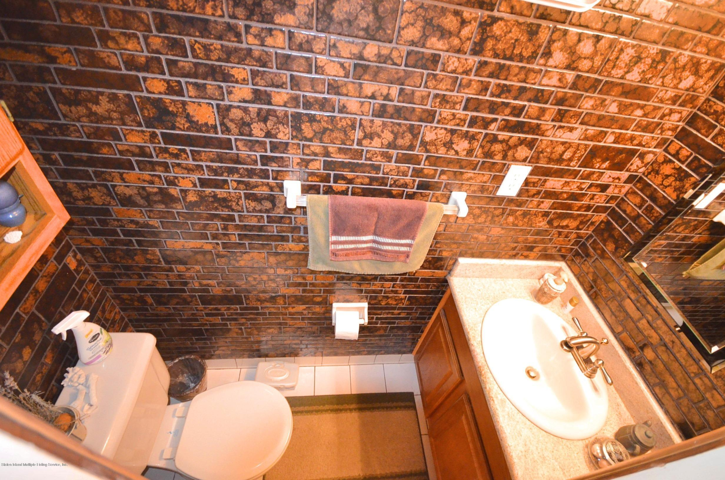 Single Family - Attached 5 Nugent Court  Staten Island, NY 10306, MLS-1126510-11