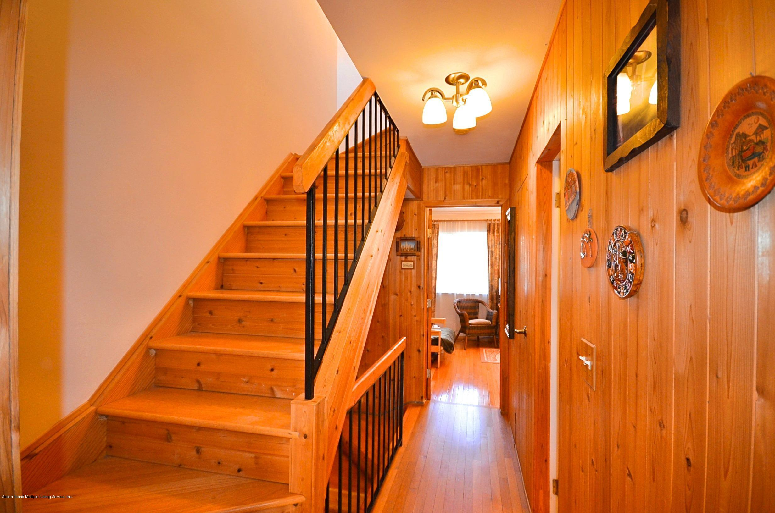 Single Family - Attached 5 Nugent Court  Staten Island, NY 10306, MLS-1126510-18