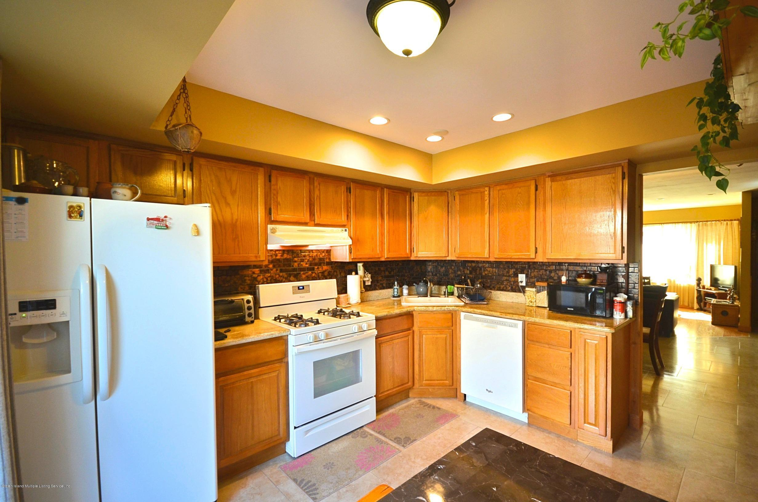 Single Family - Attached 5 Nugent Court  Staten Island, NY 10306, MLS-1126510-9