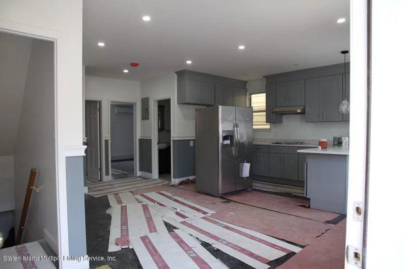 Single Family - Detached 18 Cedar Street  Staten Island, NY 10304, MLS-1126331-8