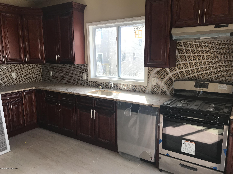 Single Family - Semi-Attached 207 Cedar Avenue  Staten Island, NY 10305, MLS-1125320-4