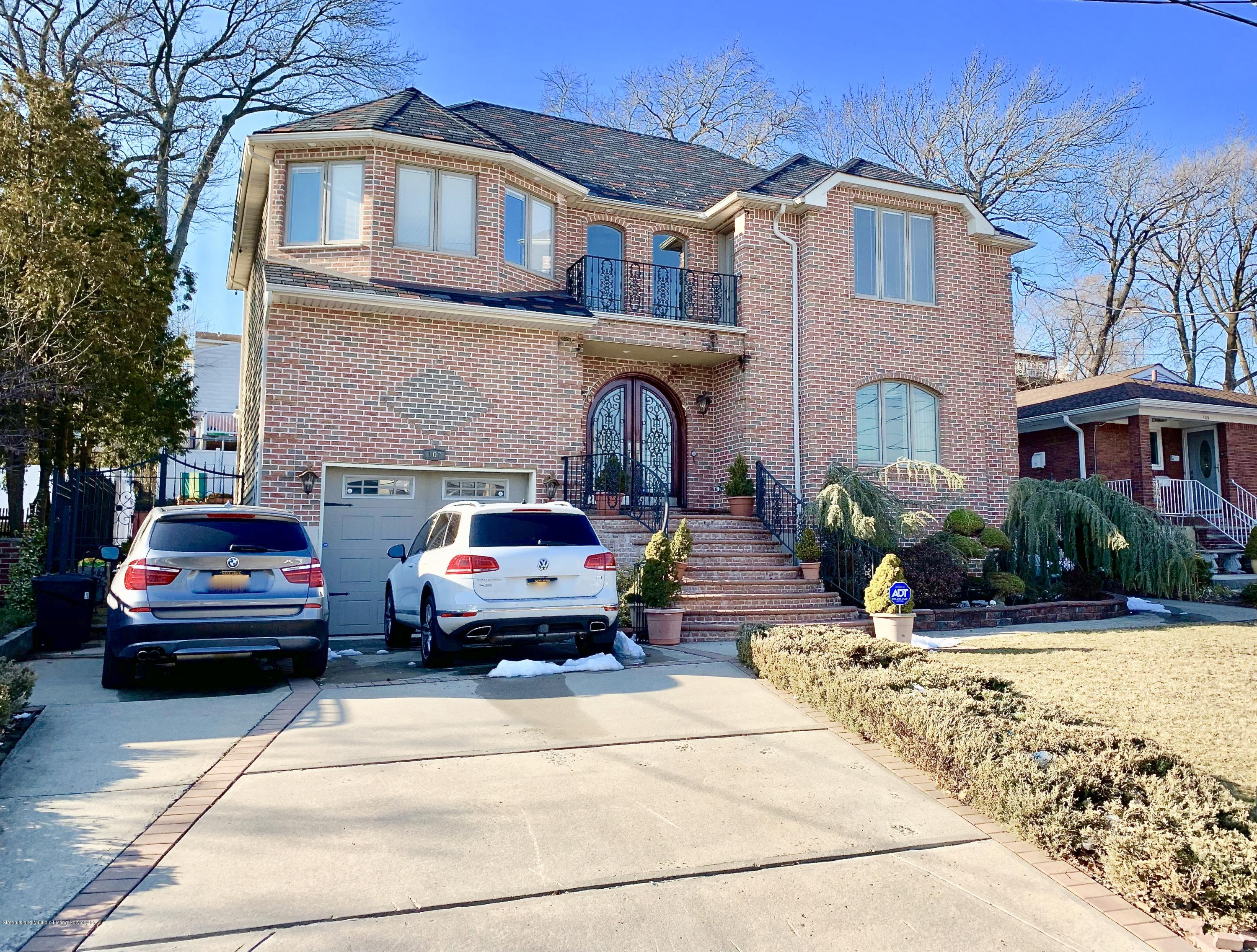 Single Family - Detached 107 Northern Boulevard  Staten Island, NY 10301, MLS-1124986-2