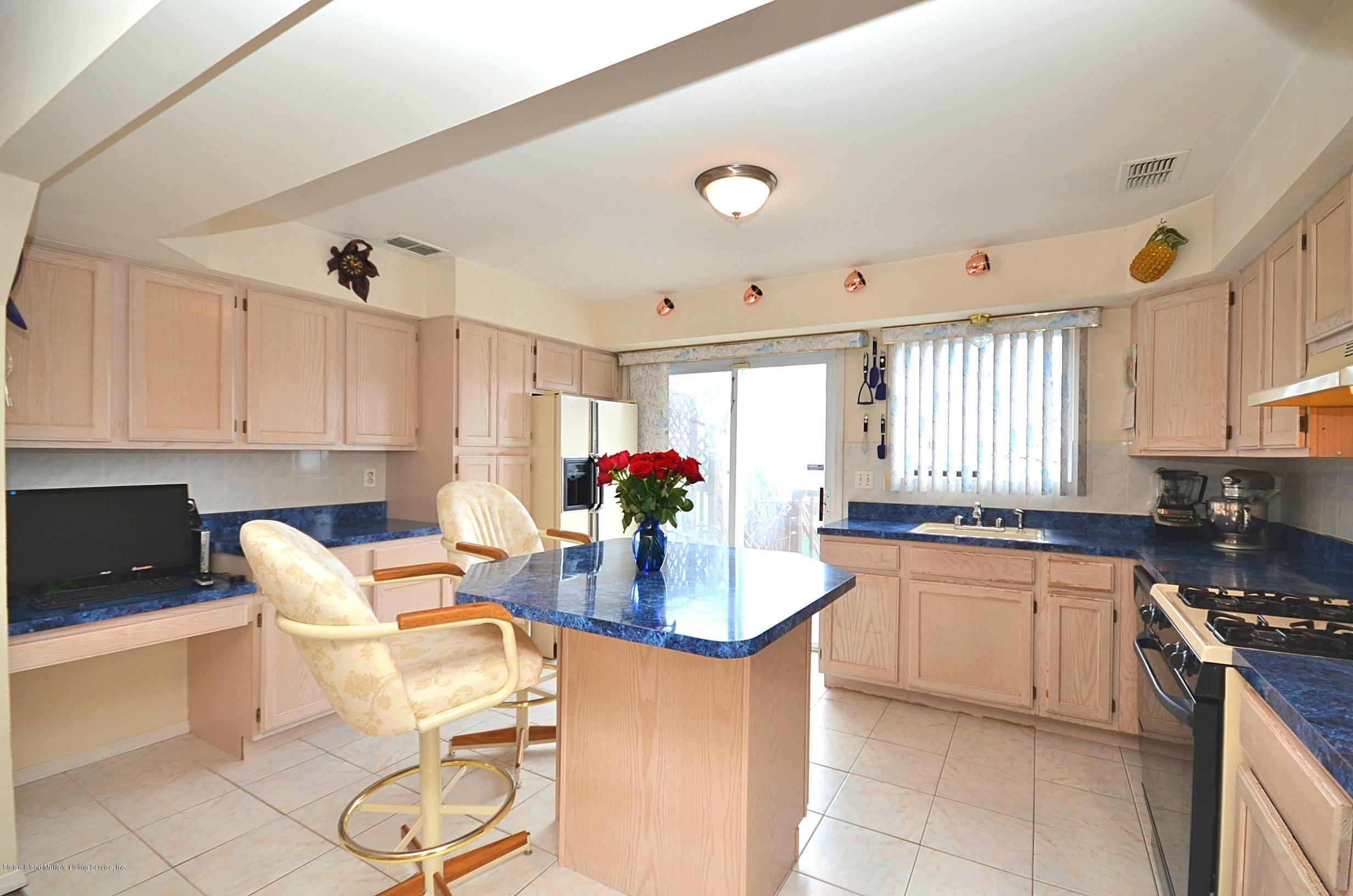 Single Family - Semi-Attached 447 Hillman Avenue  Staten Island, NY 10314, MLS-1126967-8