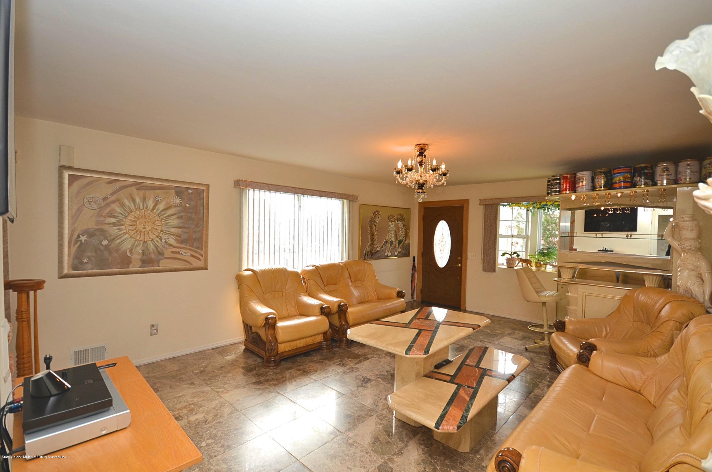 Single Family - Semi-Attached 447 Hillman Avenue  Staten Island, NY 10314, MLS-1126967-4