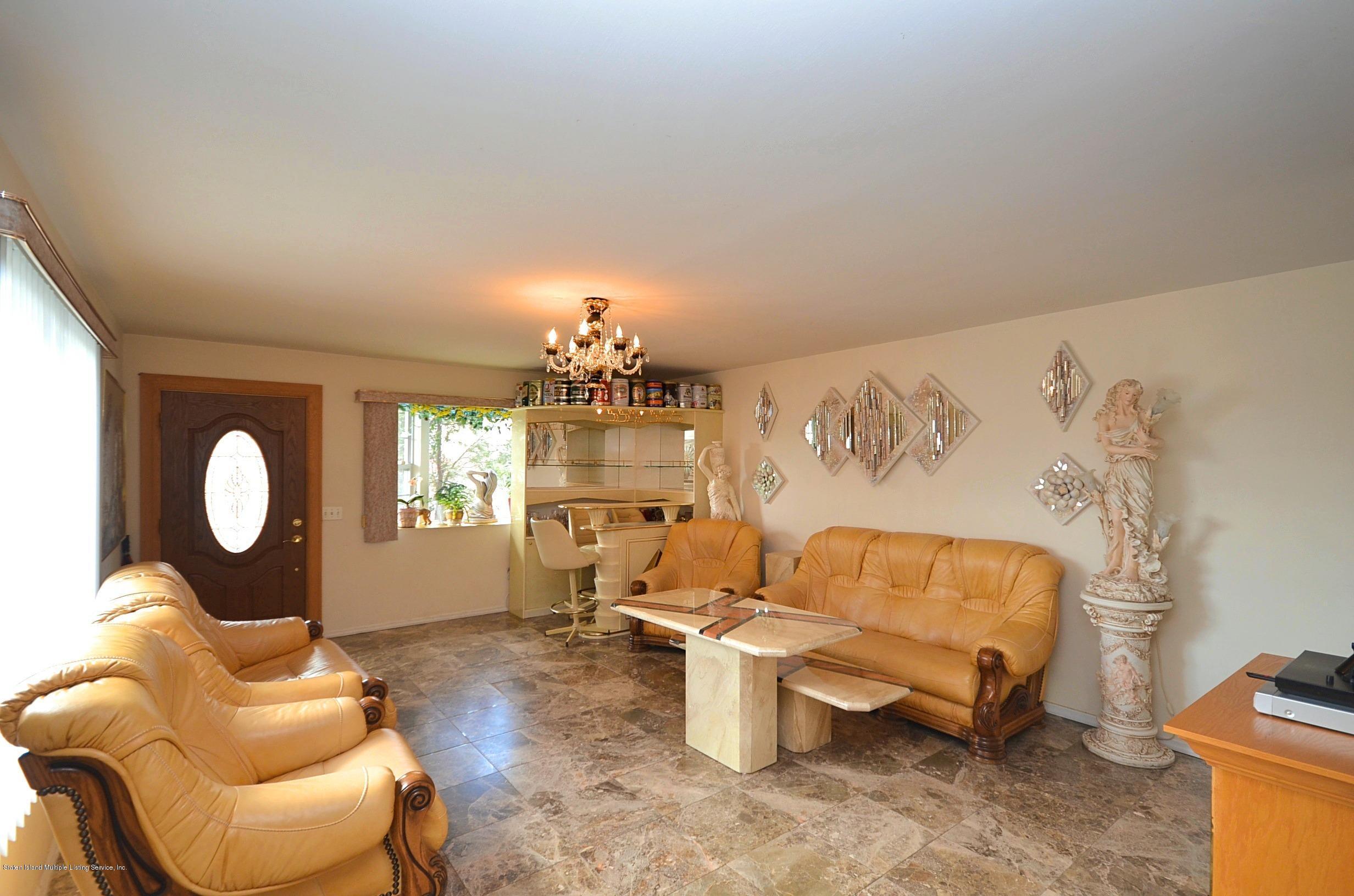 Single Family - Semi-Attached 447 Hillman Avenue  Staten Island, NY 10314, MLS-1126967-5