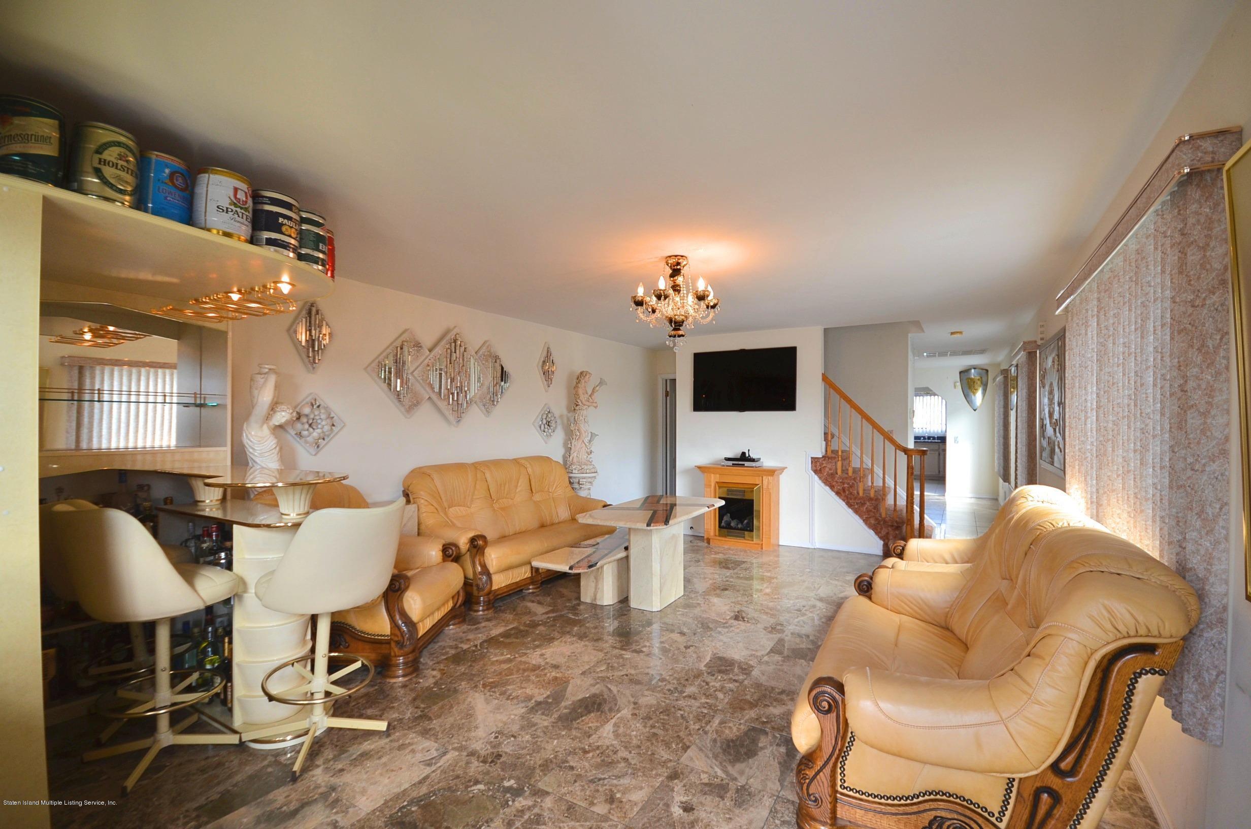 Single Family - Semi-Attached 447 Hillman Avenue  Staten Island, NY 10314, MLS-1126967-3