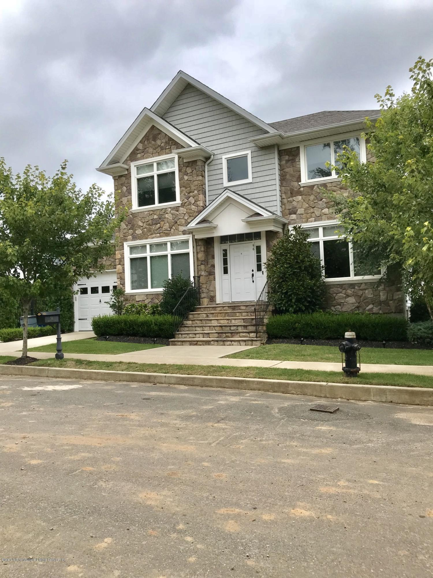Single Family - Detached in Tottenville - 56 Belwood Loop  Staten Island, NY 10307