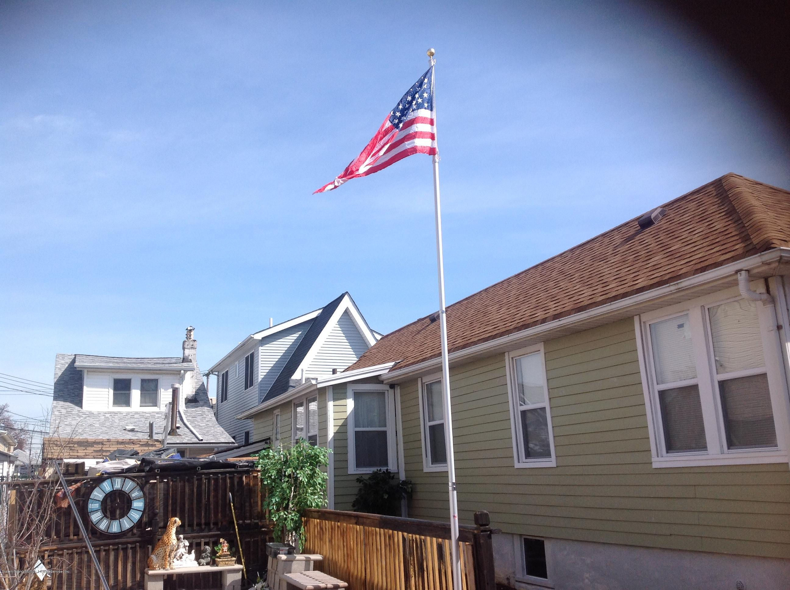 Single Family - Detached 55 Center Place  Staten Island, NY 10306, MLS-1126948-4
