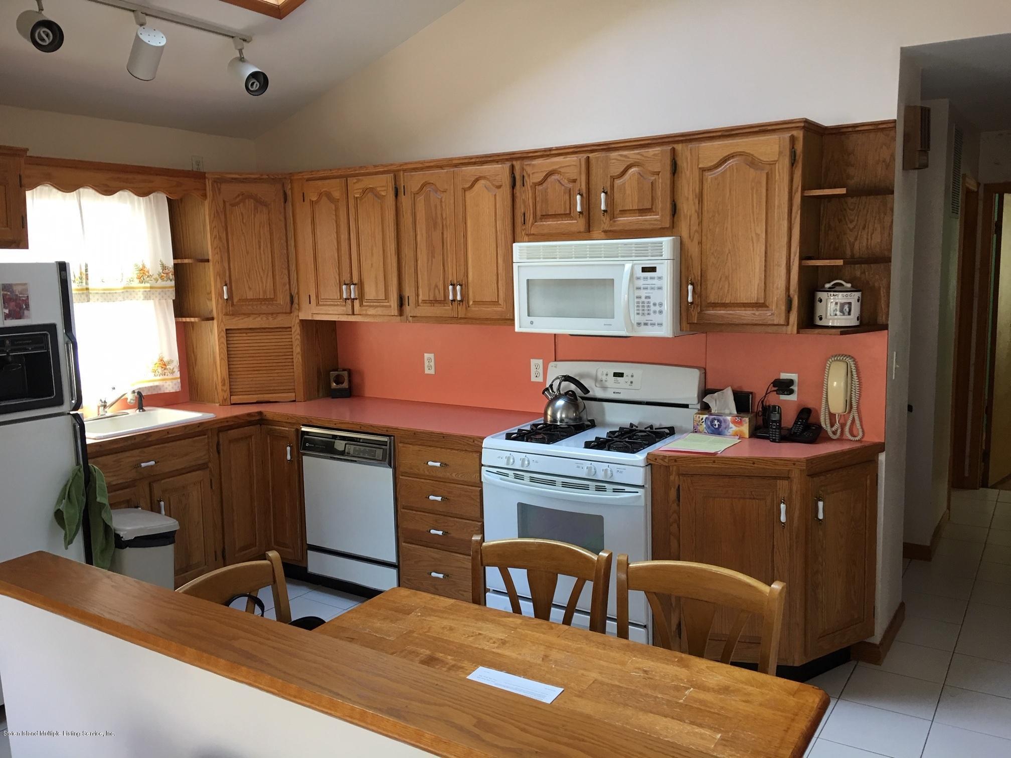 Single Family - Detached 168 Wolverine Avenue  Staten Island, NY 10306, MLS-1127033-18