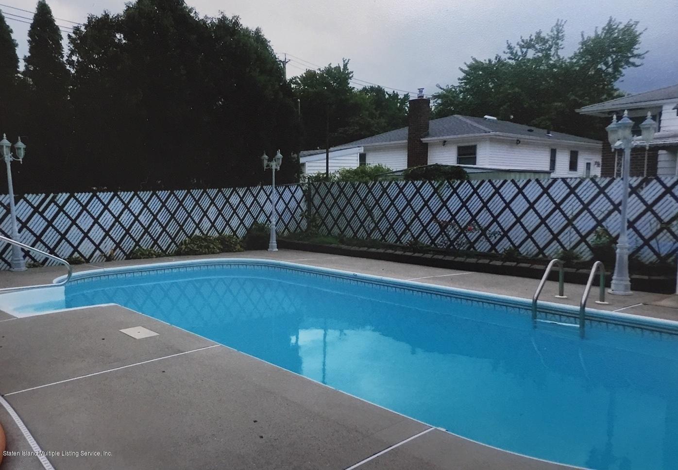 Single Family - Detached 168 Wolverine Avenue  Staten Island, NY 10306, MLS-1127033-19