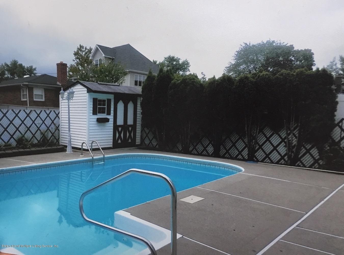 Single Family - Detached 168 Wolverine Avenue  Staten Island, NY 10306, MLS-1127033-20