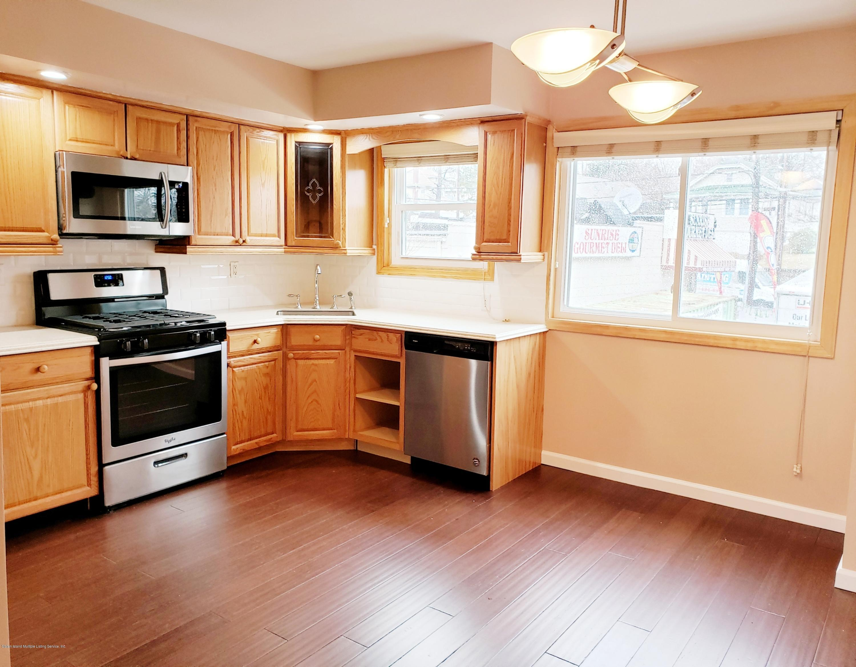 Single Family - Attached 31 Gail Court  Staten Island, NY 10306, MLS-1127035-5
