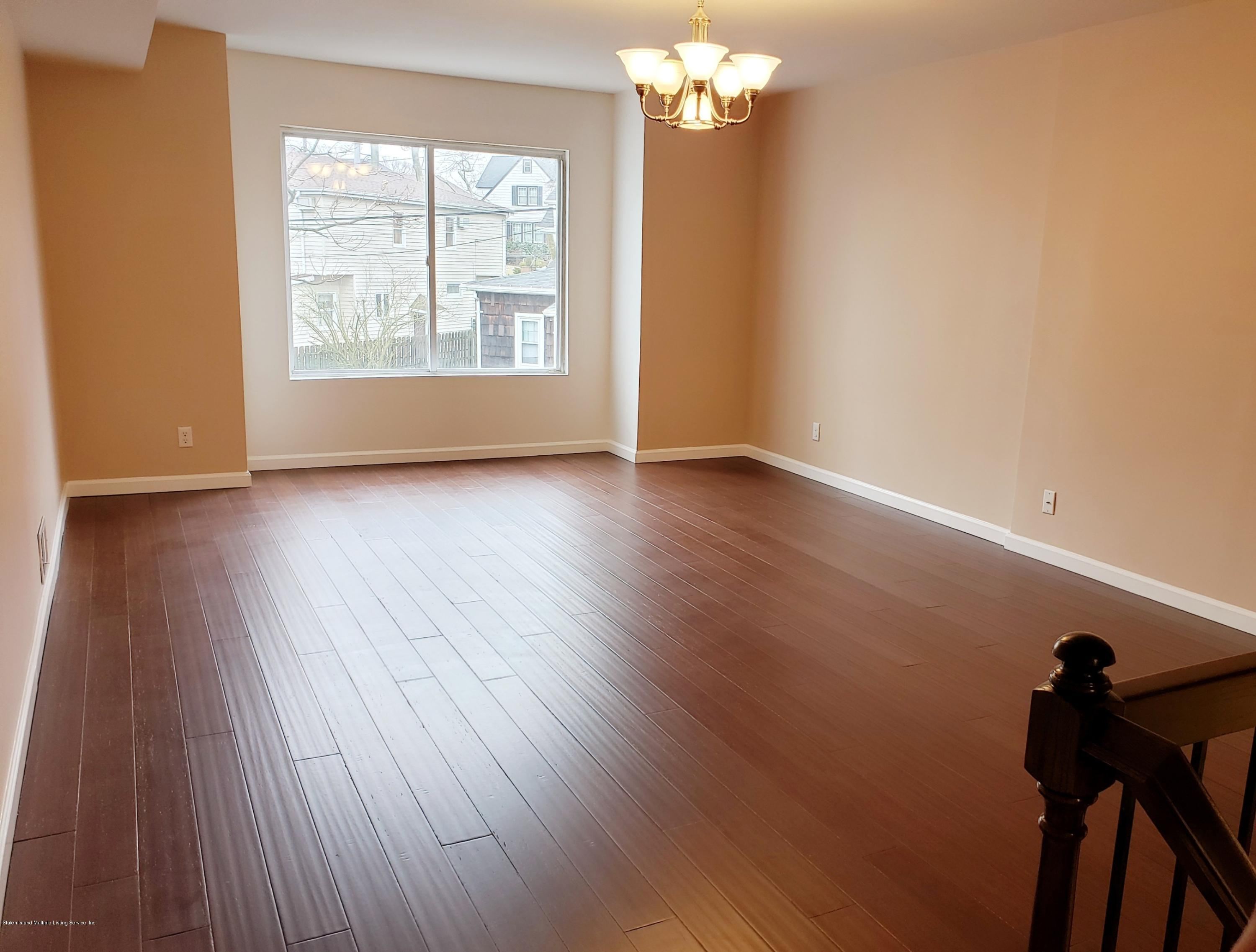 Single Family - Attached 31 Gail Court  Staten Island, NY 10306, MLS-1127035-4