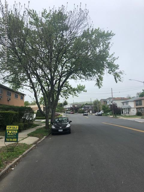 66 Cranford Avenue,Staten Island,New York,10306,United States,3 Bedrooms Bedrooms,6 Rooms Rooms,2 BathroomsBathrooms,Res-Rental,Cranford,1128898