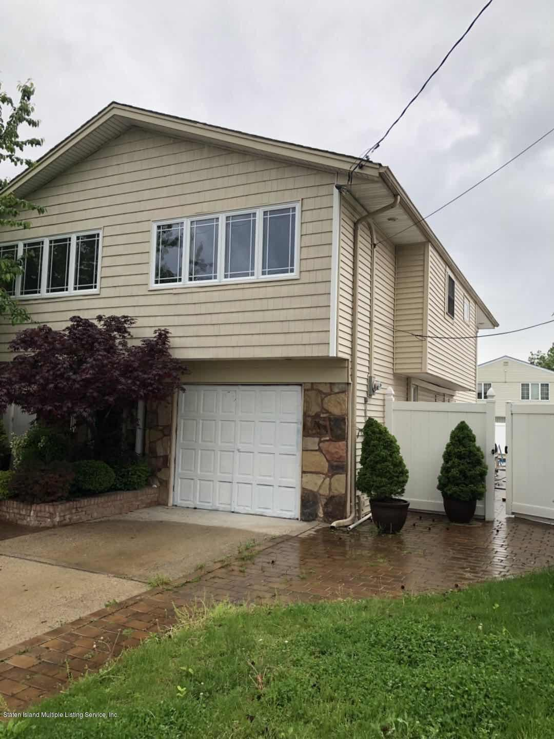 15 Oliver Place,Staten Island,New York,10314,United States,3 Bedrooms Bedrooms,8 Rooms Rooms,2 BathroomsBathrooms,Residential,Oliver,1128963