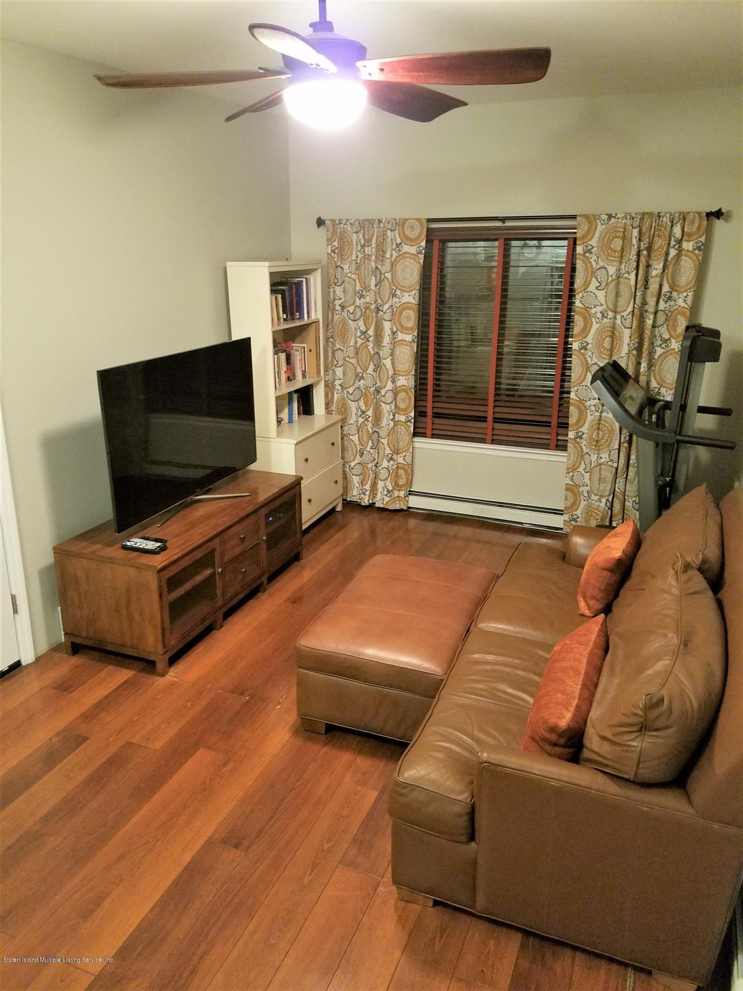 50 Church Avenue,Staten Island,New York,10314,United States,2 Bedrooms Bedrooms,5 Rooms Rooms,2 BathroomsBathrooms,Residential,Church,1128958