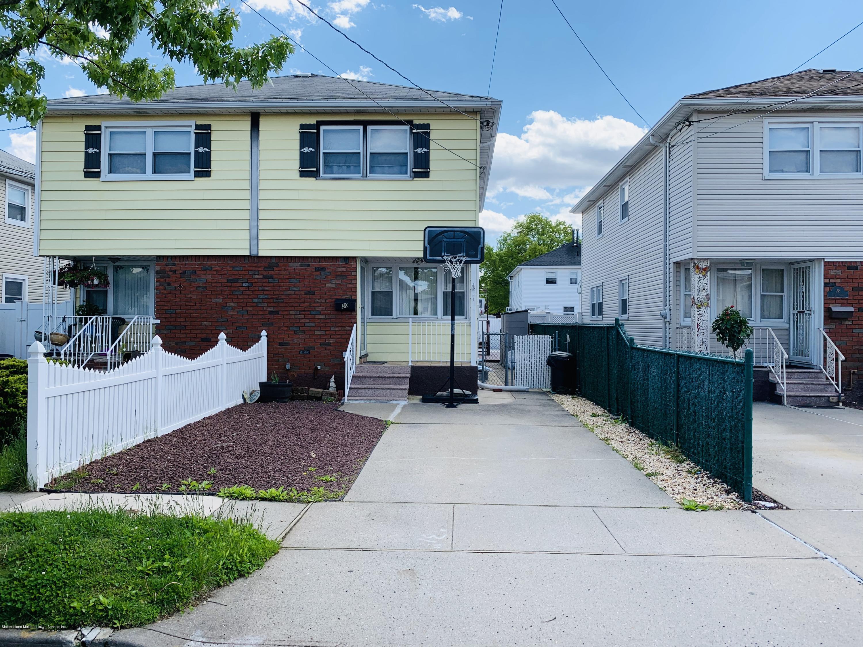 30 Xenia Street,Staten Island,New York,10305,United States,3 Bedrooms Bedrooms,7 Rooms Rooms,2 BathroomsBathrooms,Residential,Xenia,1128962