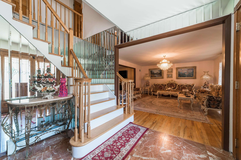 115 Meade Loop,Staten Island,New York,10309,United States,5 Bedrooms Bedrooms,9 Rooms Rooms,5 BathroomsBathrooms,Residential,Meade,1129098