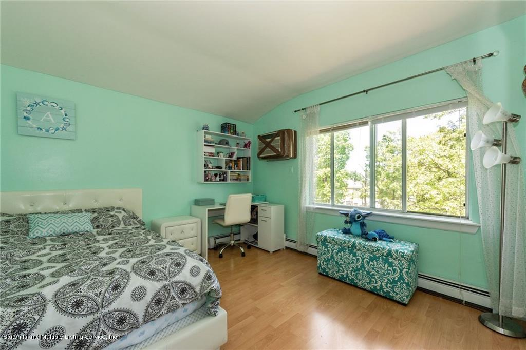 38 Saccheri Court,Staten Island,New York,10308,United States,2 Bedrooms Bedrooms,6 Rooms Rooms,2 BathroomsBathrooms,Residential,Saccheri,1129089